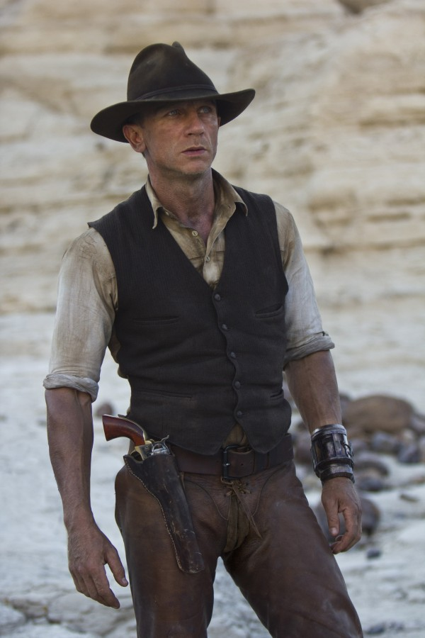 "Daniel Craig as a stranger with no memory of his past in ""Cowboys & Aliens""."