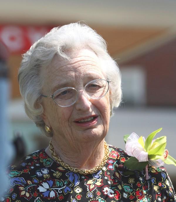 Edith Dixon