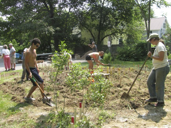 College students from New England Climate Summer join others in Belfast on Wednesday morning for a Cedar Street &quotpermablitz,&quot helping transform the property around a home into something more sustainable.