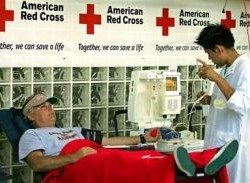 Red Cross seeks blood donors during hot spell
