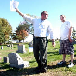 Lincoln officials decide not to cite man for illegal burial