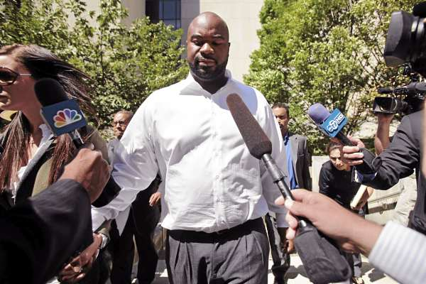 New England Patriots NFL football defensive lineman Albert Haynesworth leaves D.C. Superior Court in Washington, Monday, Aug. 22, 2011. Haynesworth was due in court the day before the scheduled start of a misdemeanor sexual abuse trial. He  pleaded no contest to a charge of simple assault.