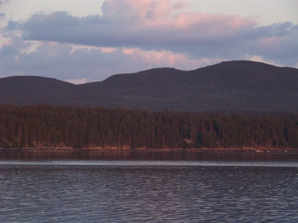 The rising heights of Mount Desert Island are perhaps best appreciated from the sea.