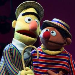 'Sesame Street' cast wows children in 'Elmo Grows Up'