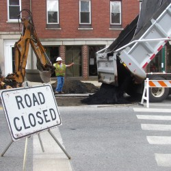 Ellsworth sinkhole still causing traffic woes, with more to come