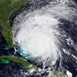Hurricane Ingrid soaks Mexico's Gulf coast
