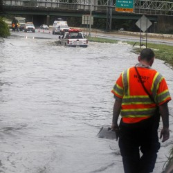 38 dead, Vt. battles severe floods in Irene's aftermath