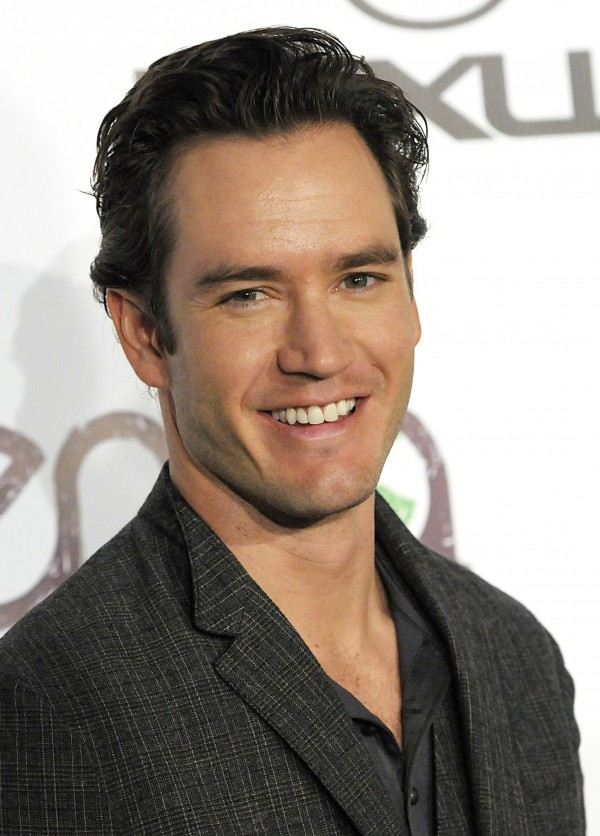 In this Oct. 16, 2010 file photo, actor Mark-Paul Gosselaar arrives at the Environmental Media Awards at Warner Bros. Studios in Burbank, Calif.