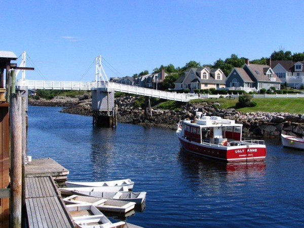 Perkins Cove and the pedestrian drawbridge.