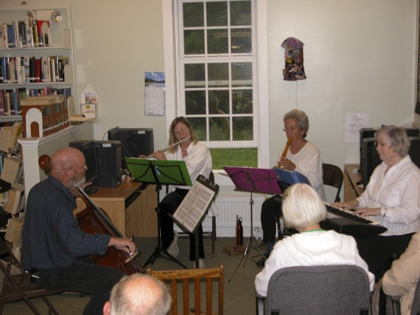 The Wallpaper Champber Quartet plays at Pembroke Library. Left to right are Chris Guida, Sarah Dalton-Phillips, Helen Swallow and Jane Inson.