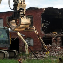 Orono council votes to hasten Webster Mill demolition