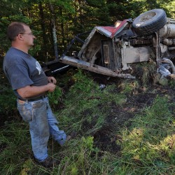 Trucker crashes into woods in I-95 median in Palmyra