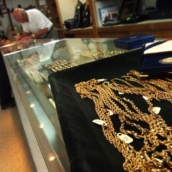 Sales of gold up on eBay amid stock market turmoil