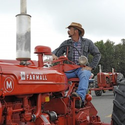 Antique tractors roll into Presque Isle
