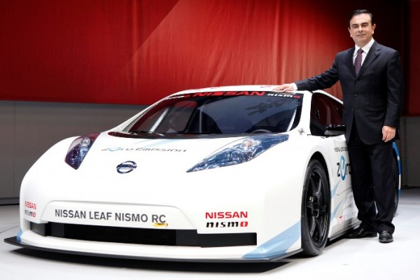 Nissan CEO Carlos Ghosn is bullish about the future of Nissan's battery-powered Leaf, but others in the industry are skeptical about the prospects for electric vehicles.