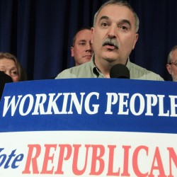 Maine Republicans stick with 2010 platform