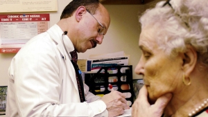 A U.S. doctor received an average of $133 for an office visit from private insurers, compared with $129 in Britain, and almost four times as much as doctors in France, according to a new study.