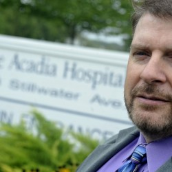 Acadia director defends policy of not restraining patients