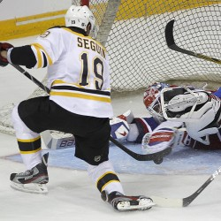 Bruins ready to defend Stanley Cup