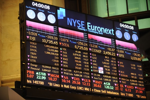 The screen on the floor of the New York Stock Exchange at the closing bell reflects a DOW loss of 389.39 points, Thursday, Sept. 22, 2011, in New York.