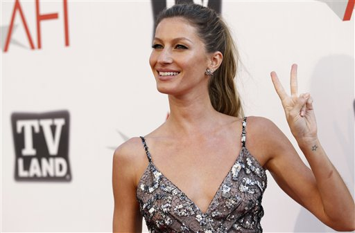 Gisele Bundchen arrives at the taping of &quotTV Land Presents: AFI Life Achievement Award Honoring Morgan Freeman&quot in Culver City, Calif., in 2009.