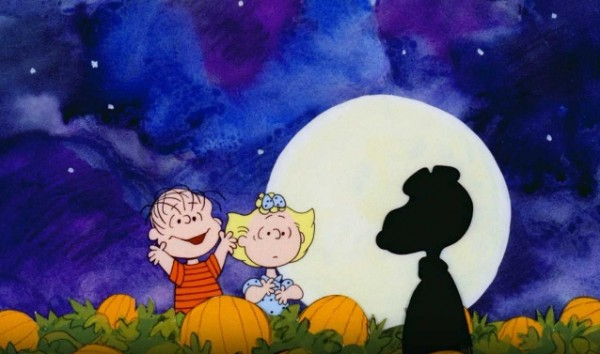 "In &quotThe Great Pumpkin&quot Charle Schulz filled Charlie Brown's Halloween bag with rocks to ""spite"" his colleagues. For years, sympathetic viewers kept sending candy to Schulz's studio."