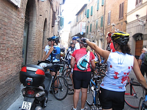 The narrow streets of Siena are easily explored by bicycle in cycle-friendly Tuscany.