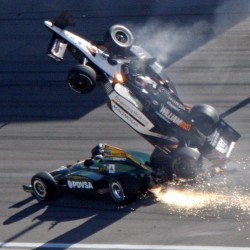 Wheldon wins stunning Indy 500 when leader crashes