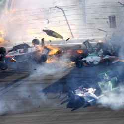 Factors converged in crash that killed Dan Wheldon