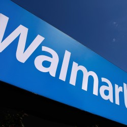 Wal-Mart pushes Web sales tax as Washington clout grows