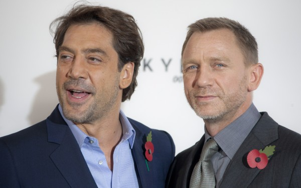 Actors Javier Bardem and Daniel Craig pose for photographs at the photo call for the new James Bond film, &quotSkyfall,&quot at a central London restaurant Thursday, Nov. 3, 2011.