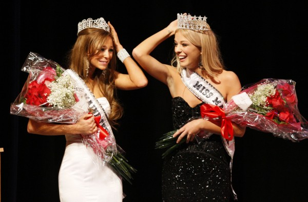 Miss Teen Maine Molly Fitzpatrick (left) and Miss Maine Rani Williamson after winning their pageants, Sunday, Nov. 20, 2011, in Westbrook.