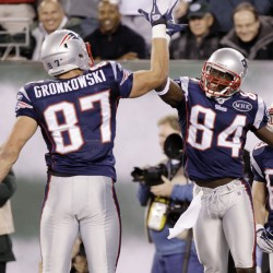 Patriots score 35 points in second quarter, rout Jets