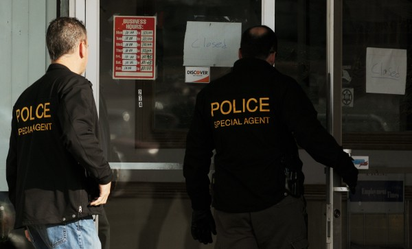 Federal agents enter the Twin Super Buffet in Brewer on Wednesday, November 16, 2011.