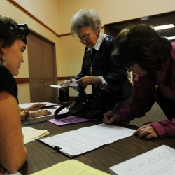 Gay marriage supporters collect 5,000 signatures in Maine