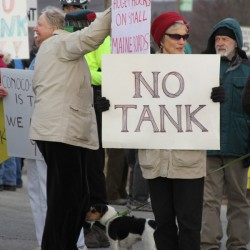 Propane tank protest draws more than 100 in Searsport
