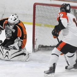 Witches use late goals to edge Wildcats 3-1