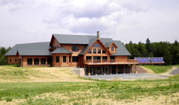 After inking a deal with a Chinese company, Katahdin Cedar Log Homes is manufacturing a 10,000-square-foot lodge and real estate center to be built in Chengdu, China.