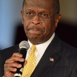 Cain denies harassment complaints