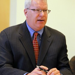 Maine turnpike authority names Peter Mills as interim director