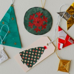 Turn old greeting cards into little boxes