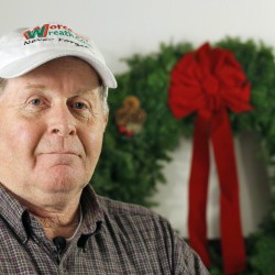 Down East wreath companies tangle over Christmas tree design