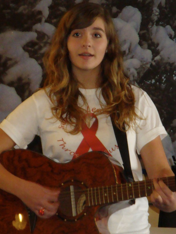 High School freshman Lily Muscatell will donate her musical talent to help Leonard Middle School seventh-graders raise money for the Make-A-Wish Foundation of Maine.