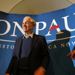 Ron Paul kicks off two-day tour of Maine in Bangor