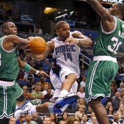 Pierce powers Celtics past Magic in overtime
