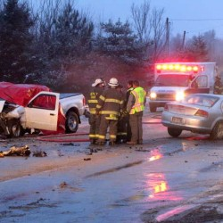 2 killed in Mechanic Falls car crash