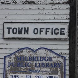 Milbridge voters give thumbs-up to town office, library building plans
