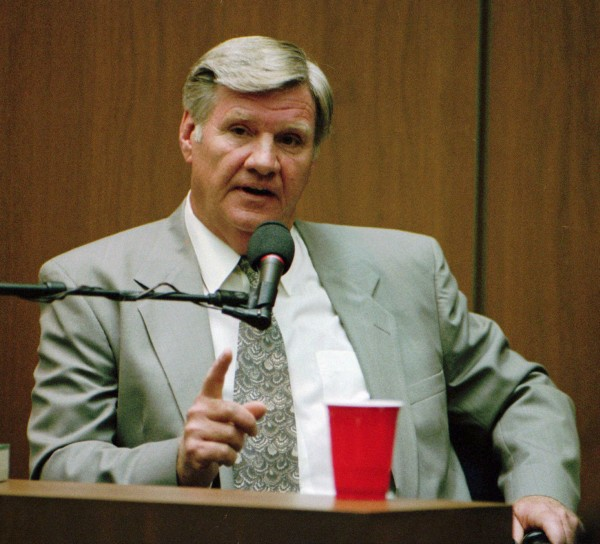 This file photo taken Sept. 19, 1995, shows Los Angeles Police Department Det. Phillip Vannatter testifying in the O.J. Simpson murder trial.