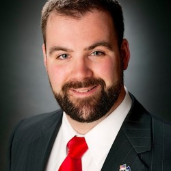 Courtney wins by razor thin margin in 1st District Republican primary