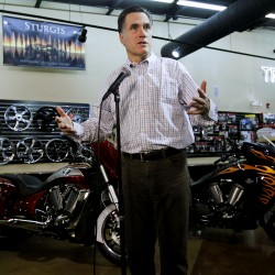 GOP candidates assail Romney's job-creation claims